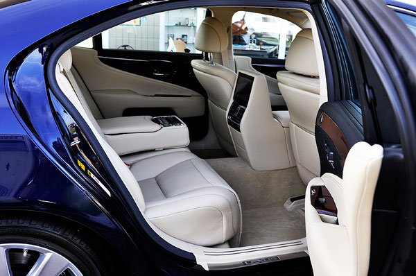 entree-BMW-600px